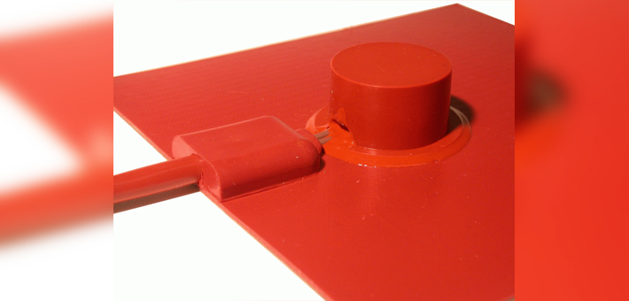 Silicone heating mat with limiter